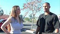Девушка со спермой на лице на улице