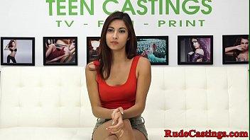 Xvideos địt người mẫu đi casting diễn viên
