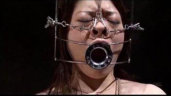熟女になってメス豚調教され全身を緊縛されながらお尻をスパンキングされる地獄に落される。