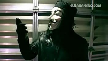 El bananero vs anonymous vs facebook