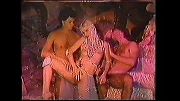 Ilona staller cicciolina - nel mio show (video clip)