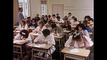 Susana traverso las colegialas se divierten