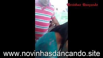 Safada no baile funk - www.novinhasdancando.site