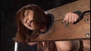 素人 SM おもちゃ 絶頂アクメ  蝋責めもされた様子のスレンダー美女が身動き取れずにずっとバイブを出し入れされる XVIDEOから削除される前に見てね!!