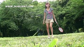 【ミニスカギャルの動画】SNSで知り合ったばかりのミニスカート美女とヤる前に少しだけ親交…