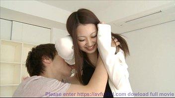 早抜き!驚くほど綺麗なピンク乳首美巨乳のお姉さんが愛撫されて感じまくる動画