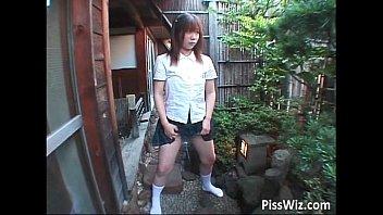 【JKギャルの動画】言いなりギャルJKのマンコに様々な異物を挿れて楽しむ調教動画