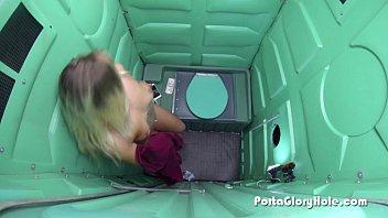 Porta gloryhole blonde server from a dinner