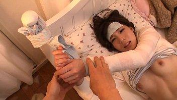 【鈴村あいり】彼女が高熱で苦しんでいるにもかかわらず発情して強引にSEXしちゃうダメな彼氏