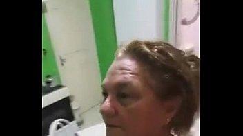 Coroa safada grava video para marido distante - pessoal