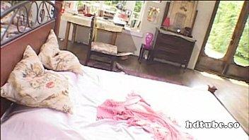 【JKの潮ふき・オナニー動画】お嬢様JKはド変態で使用人にオナニーを見せつけて興奮してるwwwww
