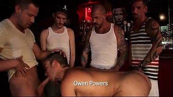 Porno Gay Rocco stell orgia bareback