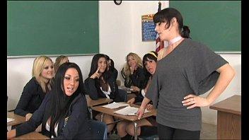 Nonton video bokep Orkes Lesbian London Keyes hot di GudangVideoBokep.Org