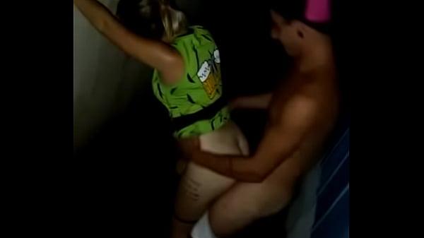 Sexo no carnaval brasileiro com putas safadas
