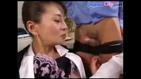 巨乳電ま 色白スレンダー美人中だし貧乳前田かおり 素人専科デカチンに驚く娘動画