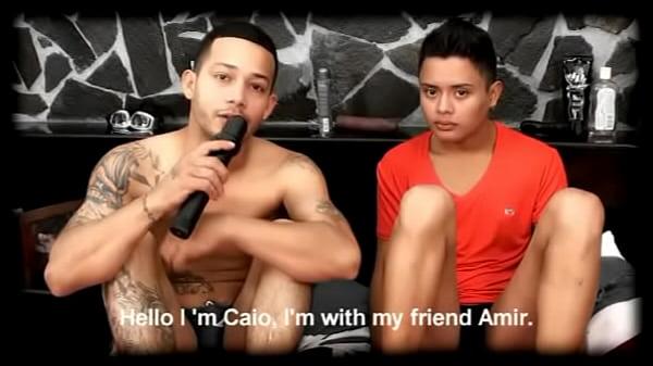 Uomotv.com.nude latin men and uncut cock videos from uomotv.com