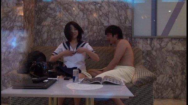 セーラー服コスプレのSEXを楽しむカップルをホテル関係者が盗撮