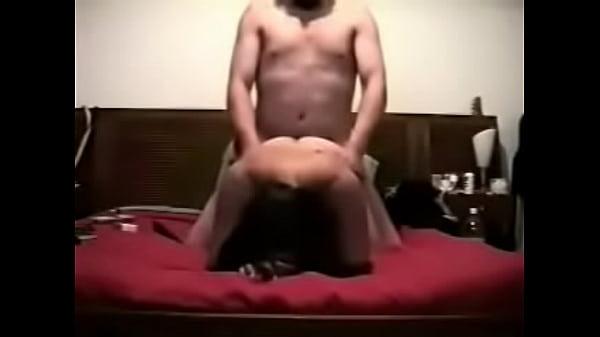 Casada infiel esta cogiendo de perrito cuando esta de puta con su amante en un hotel