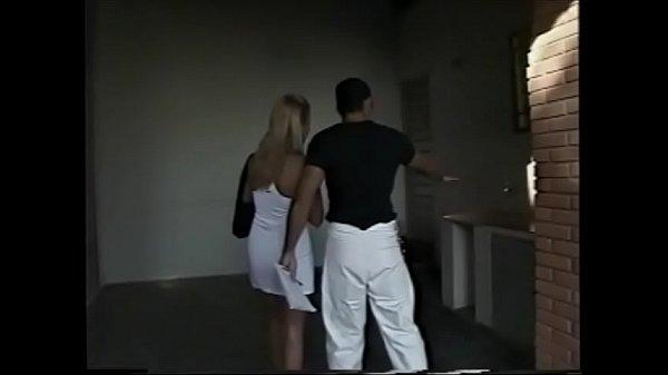Videos de Sexo Loira tesuda fodendo forte no porno nacional