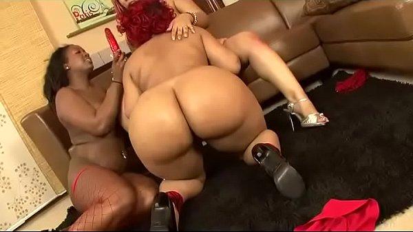 Lesbian black and chunky trio