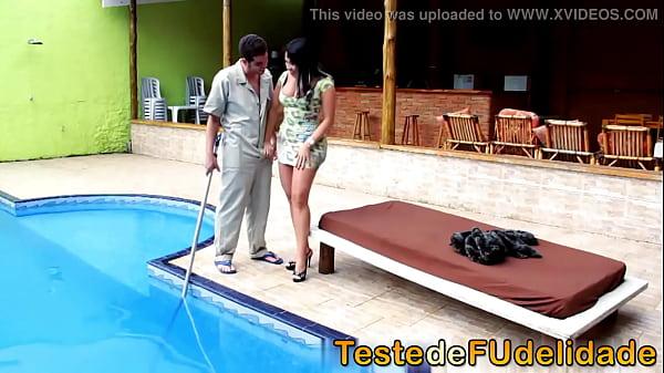 Videos de Sexo Morena mega gostosa com rabão
