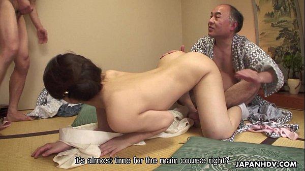 Phim sex ông già bú lồn gái trẻ