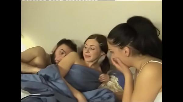 Videos de Sexo Assistir filme de sexo duas amigas lésbicas ralan...