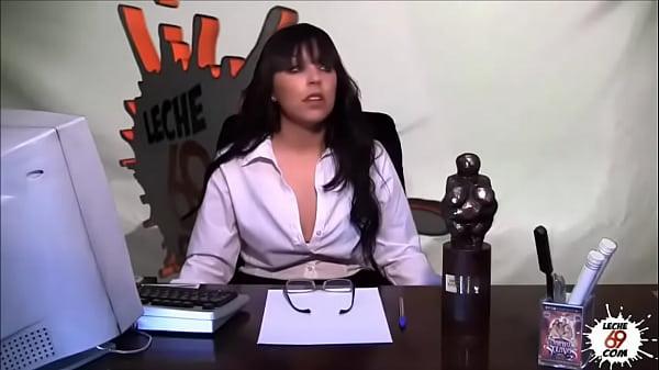 Presentadora de tv puta