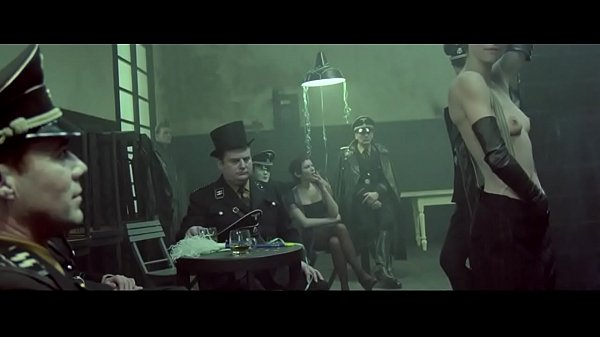 シャーロット・ランプリング、映画『愛の嵐』のイギリス女優、熟女になってもヌードと濡れ場を披露してる動画をxvideosで