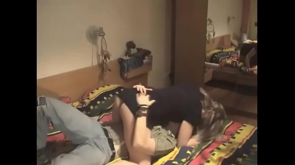 videos de Porno Asiatica pequenina e gostosa trepa como uma cavala