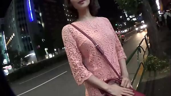 長身のスレンダーなお姉さんとディナーの後はホテルでセックスハメ撮り!