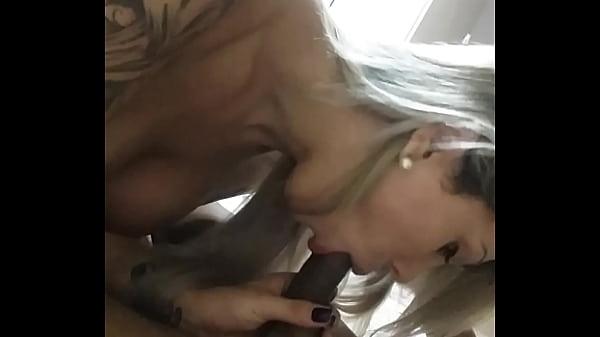 Videos de Sexo Loira safada chupando o pau do chefe
