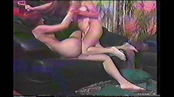 trahayut-moniku-shokiruyushie-kadri-porno