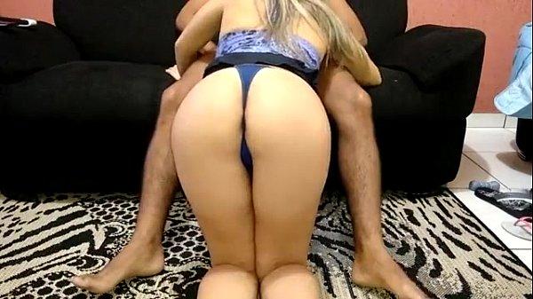 videos de Porno Loira gostosa chupando rola e sentando