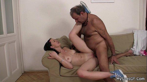 Секс переводчице видео фото 670-230