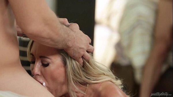 Sexo com a Coroa Brandi Love HD
