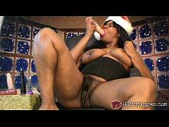 Nilou Achtland-Christmas Masturbation