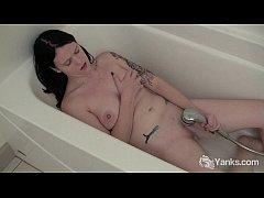 Pierced Frankie Masturbating Her Pussy