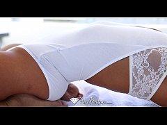 HD - PureMature - MILF Anissa Kate gets her ass...