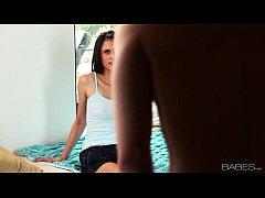 Babes.com - TEENAGE ROMANCE - Tiffany Thompso