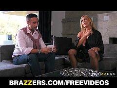 Busty blonde MILF Amber Lynn seduces Keiran Lee...