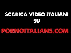 Amatoriale Italiano - Figa bionda italiana amat...