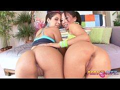 PervCity Asian and Latina Blowsandwich