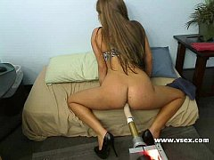 Pornstar Ella Milano sex machine webcam
