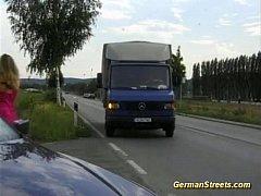 Safada dando pro caminhoneiro