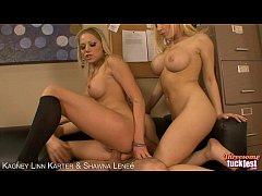 Blondes Kagney Linn Karter and Shawna Lenee thr...