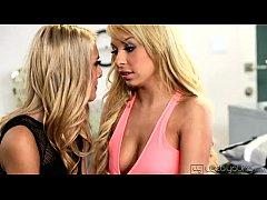 sexys blondes masturbation hot