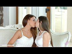 Incredible beauties on Sapphic Erotica Alexis B...