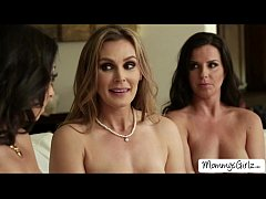 Skanky hot ladies Tanya with Kobe and Trinity s...