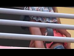 Upskirt #3 - Espiada En El Balcón